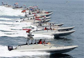 ادعایی عجیب؛ استقبال قایقهای ایرانی از فرمانده ارشد آمریکایی!
