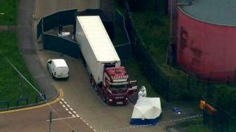 چین خواستار تحقیق فوری درباره هویت ۳۹ جسدِ کامیون مرگ شد