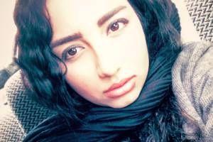 تیپ متفاوت دختر مهراب قاسم خانی در دانشگاه+عکس