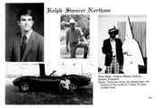 عکس دوران نوجوانی فرماندار آمریکایی دردسرساز شد/ عکس