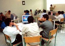 """دانشآموزان به """" کد الکترونیکی """" مجهز میشوند"""