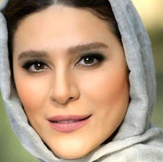 تیپ خاص و متفاوت خانم بازیگر در دوبی/عکس