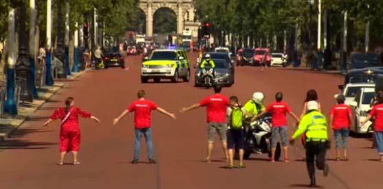 برگزاری تظاهرات در انگلیس با آغاز نخست وزیری بوریس جانسون+ تصاویر