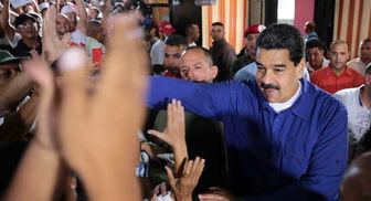 آمریکا تحریمها علیه ونزوئلا را یک سال دیگر تمدید کرد