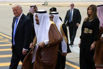 ترامپ: پادشاه عربستان از بوسیدن دست همسرم سیر نمیشد