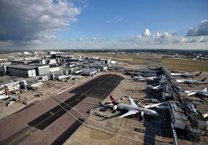 اختلال در پروازهای فرودگاه هیترو لندن در پی مشاهده پهپاد ناشناس