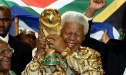 ماندلا، رهبری که عاشق ورزش بود + عکس