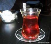 ازنوشیدن چای پررنگ دروعده سحری خودداری کنید