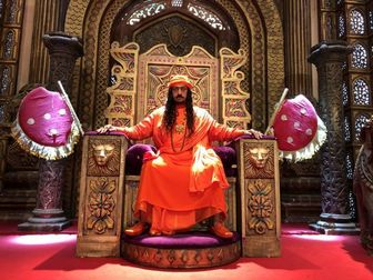 بازیگر مشهور هندی با «دختر شیطان» به ایران می آید