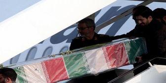 استقبال از پیکر سردار شهید قاسم سلیمانی در فرودگاه کرمان