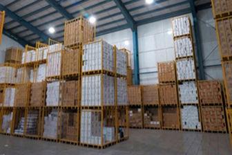 وزیر صنعت: کالاهای احتکار شده در شبکه توزیع قرار میگیرد