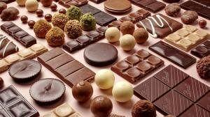 فواید بی نظیر شکلات درمانی