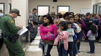 دولت ترامپ ۸۸۰۰ کودک مهاجر را از آمریکا اخراج کرد