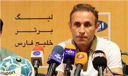 گل محمدی: همه دست به دست داده اند تا استقلال را قهرمان کنند