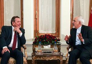 ظریف: تا کنون با عربستان خویشتندارانه برخورد کردیم