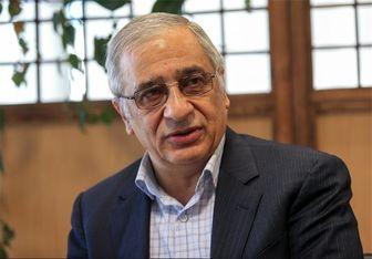 رئیس کل اسبق بانک مرکزی: افزایش نقدینگی نرخ ارز را بالا برد