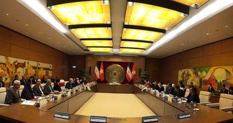 لاریجانی با رئیس مجلس ویتنام دیدار کرد