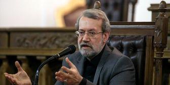 لاریجانی: فعلا برنامهای برای افزایش بنزین نداریم، مردم نگران نباشند