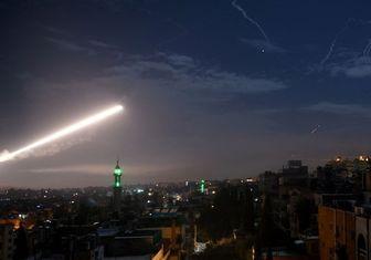 حمله راکتی به پایگاه نظامیان آمریکایی در حومه دیرالزور/ چند نظامی زخمی شدند