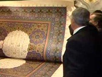 رونمایی از بزرگترین قرآن باوزن ۸۰۰کیلوگرم