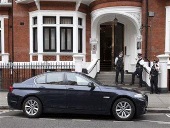 Ecuador says Britain threatened to raid embassy over Assange