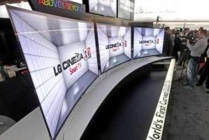 تولید اولین تلویزیون منحنی جهان + عکس