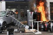 اعتراضات کارگران در پاریس به خشونت کشیده شد