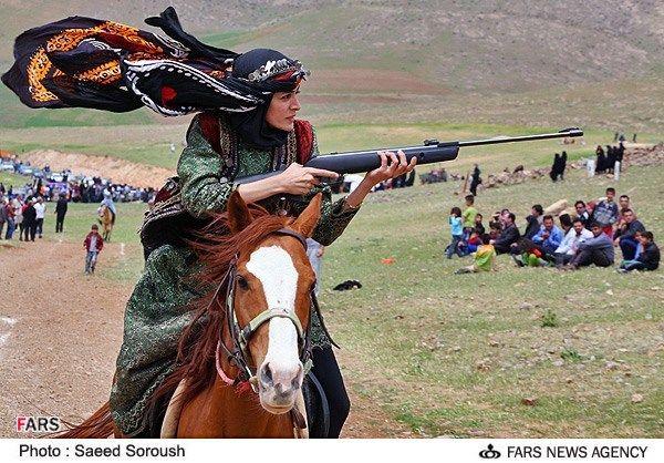 Картинки по запросу زنان اسب سوار بختیاری