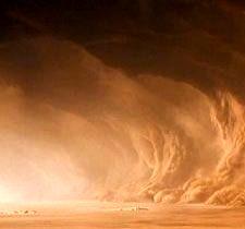 حال زابل خوب نیست/ طوفان شن مردم را راهی بیمارستان کرد
